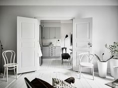 Kungsgatan 4, Stylish Monochrome Swedish Apartment