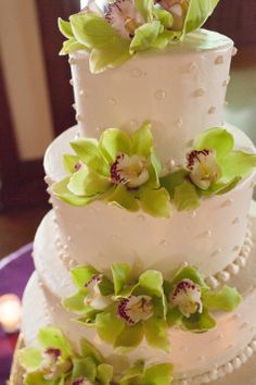 four tiered buttercream cake with fresh orchid decor lakes cakes leigh wells photography : day orchid decor