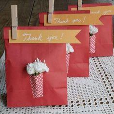 Very cute thank you gift bag idea!