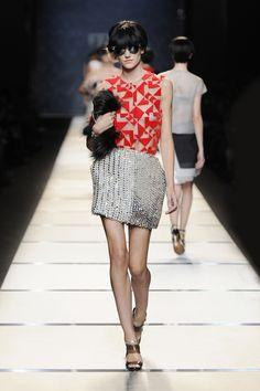 Fabric!  Fendi S/S 2014 Collection > http://www.fendi.com/it/it/collezioni/donna/primavera-estate-2014