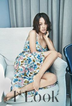 Lee Hyori sports an edgy feminine look for '1st Look' | http://www.allkpop.com/article/2014/08/lee-hyori-sports-an-edgy-feminine-look-for-1st-look