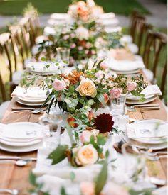 Beautiful Farm table look!