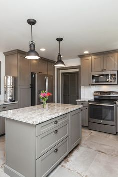 31 creative grey kitchen cabinet ideas for your kitchen 11 – nothingideas Blue Gray Kitchen Cabinets, Backsplash Kitchen White Cabinets, Update Kitchen Cabinets, Kitchen Cabinet Design, Diy Kitchen, Kitchen Ideas, Kitchen Reno, Cupboards, Shaker Style Kitchens