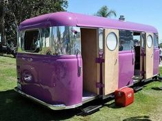 Purple. Vintage camper - travel caravan <O>