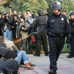 #policialcoxinha #spraydepimenta