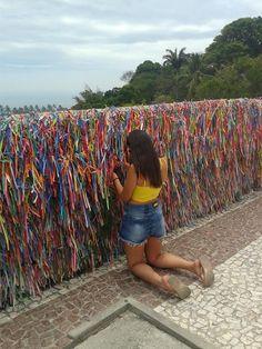 Centro Arraial D'ajuda - Porto Seguro/BA - Brasil - Triicotando   Por Milena Farias e Giovanna Farias www.triicotando.com www.facebook.com/triicotando Instagram: @triicotando_ YouTube: https://www.youtube.com/watch?v=uQ9hPGQNRZw