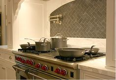 Love the gray backing the stainless stove.
