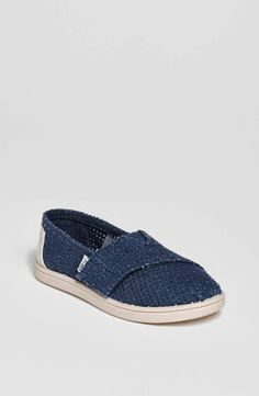 My Crafty Collections: Bargain Bin - Hot deals from Nordstrom, Amazon, and Aeropostale. - TOMS Classic Slip-On for Toddler, and Infants are just $19.97 with free shipping.