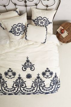 NEW Anthropologie Samirah Embroidered Duvet Cover King 100 Cotton Dream Bedroom, Home Bedroom, Bedroom Decor, Bedrooms, Design Bedroom, Bedroom Headboards, Master Bedroom, Anthropologie Bedding, Embroidered Bedding