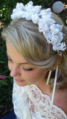 Haarschmuck & Kopfputz - Haarschmuck für die Braut in Wollweiß Einzelstück - ein Designerstück von alw-design bei DaWanda