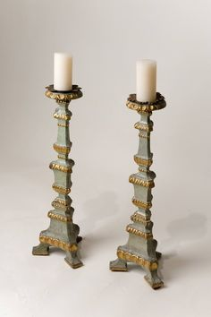 Pair of wooden candlesticks, 18th century, Italy