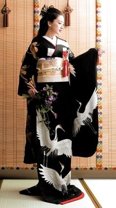 Black furisode kimono with white cranesYou can find Japanese kimono and more on our website.Black furisode kimono with white cranes Traditional Kimono, Traditional Fashion, Traditional Dresses, Furisode Kimono, Silk Kimono, Kimono Japan, Japanese Costume, Wedding Kimono, Kimono Design