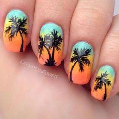 Nail art Christmas - the festive spirit on the nails. Over 70 creative ideas and tutorials - My Nails Sunset Nails, Beach Nails, Nails Opi, Nail Manicure, Nail Polish, Palm Tree Nail Art, Nails Yellow, Beach Nail Designs, Vacation Nails