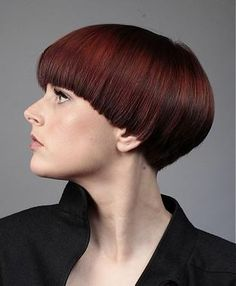 A Short Brown straight bowl-cut multi-tonal womens haircut hairstyle by L'Oreal