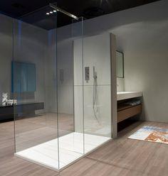 Box doccia in vetro temperato con piatto PENISOLA by Antonio Lupi Design® | design Nevio Tellatin