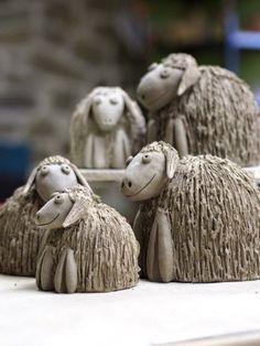 Pottery Animals, Ceramic Animals, Clay Animals, Hand Built Pottery, Slab Pottery, Ceramic Pottery, Pottery Sculpture, Sculpture Clay, Ceramic Sculpture Figurative