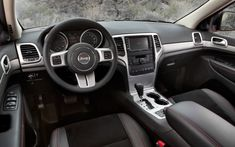 2013 Jeep Grand Cherokee Trailhawk interior Photo on September 4, 2012