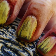 The Nail Buff: Halloween: Zombie Hands