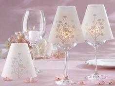 lamparas con copas y papel pergamino