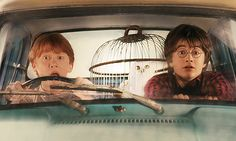 """Harry Potter and the Chamber of Secrets."" Harry & Ron flying to Hogwarts in Ron's father's car. Harry Potter Tumblr, Harry Potter 2, Magia Harry Potter, Fans D'harry Potter, Mundo Harry Potter, Harry Potter Pictures, Harry Potter Lock Screen, Potter Facts, Hermione"