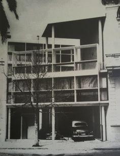 Casa Curutchet by Le Corbusier Le Corbusier, Le Totem, Constructivism, Modern Architecture, Type 1, Virginia, 1950s, Houses, Facebook