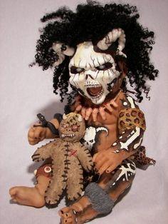 Literally a voodoo doll Halloween Doll, Halloween Crafts, Halloween Decorations, Halloween Stuff, Halloween Masks, Halloween Party, Arte Horror, Horror Art, Geocaching
