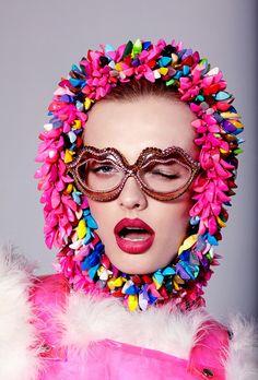 Vogue Beauty Vogue Ukraine Jamie Nelson Photo, Mercura Crystal Pop Red Lip Sunglasses on Paulina Klimek Vogue Beauty, Fashion Beauty, Beauty Art, Beauty Women, Beauty Shoot, Beauty Style, Beauty Editorial, Editorial Fashion, Beauty Blender Set