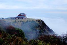 Emei Shan (Mount Emei)