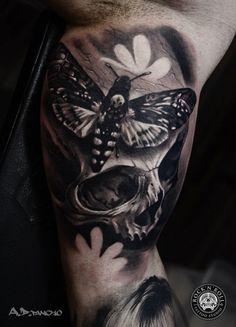 40 Interesting Skull Tattoo Designs for you 23