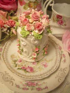 (JillianRosa) Fake Cake