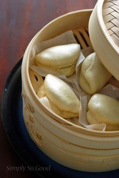 Simply So Good: Steamed Buns or How to Steam Your Buns