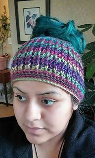 99d79e39294 Ravelry  Ribbed for Her Pleasure Messy Bun Hat pattern by Nataly Navarro