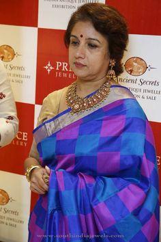 Indian Celebrity Jewellery designs, South Indian Celebrity Jewellery designs, Celebrity in Antique Jewellery.
