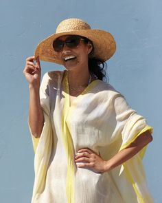 Easy to make beach-cover-up using to Pashmina- Shawls - clever!!! - Martha Stewart has not lost her touch