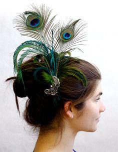 Pretty peacock fascinator!