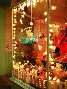 THIS was a WONDER for ME as a child! Just like Ralphie! I used to LOVE when my parents took us Christmas shopping down on main street & I could look at the WONDERS in the shop windows. I was in AWE!!! I STILL remember a few even now at 54! #sweetmemories