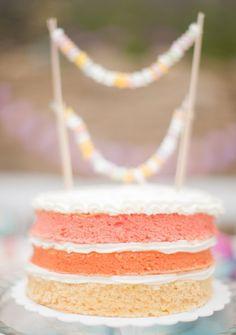 Sweet treats for summer weddings: http://www.stylemepretty.com/2014/06/26/sweet-treats-for-summer-weddings/ | photography: http://peterandveronika.com/en/