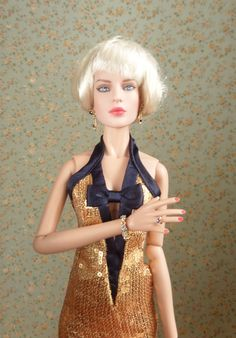 Integrity Toys Fashion Teen Poppy Midnight Sparkle (84012) jewelry