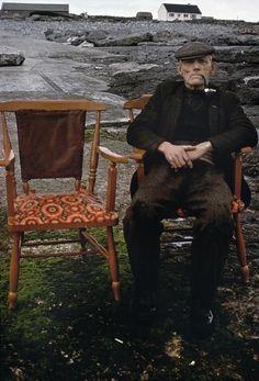 Innishmoor, Aran Isles, Ireland 1974 - by Eve Arnold - USA Images Of Ireland, Love Ireland, Ireland Travel, Irish Eyes Are Smiling, Erin Go Bragh, Irish Cottage, Irish Roots, Irish Blessing, Emerald Isle