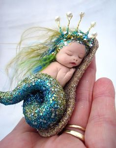 Polymer clay Fairies OOAK Fairy Sleeping Baby Mermaid Art Doll Polymer Clay Sculpt Jewel train d Mermaid Dolls, Baby Mermaid, Mermaid Art, Mermaid Pics, Mermaid Paintings, Vintage Mermaid, Polymer Clay Fairy, Polymer Clay Dolls, Polymer Clay Mermaid