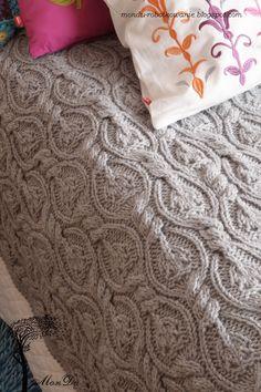 Rękodzielniczy blog o szydełkowaniu i dzierganiu na drutach. Hand made and home made.  I must find this pattern!