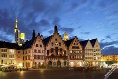 Рёмерберг - ратушная площадь - достопримечательности Франкфурт на Майне - описания достопримечательностей Германии » GlobeTrotter
