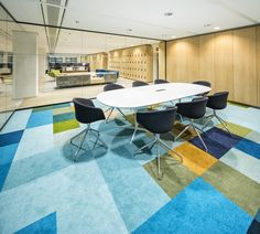 Desso carpet at HofmanDujardin De Resident in Den Haag. A beautiful interior design for the office #workplace