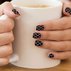 Teen Nails, Teen Nail Art, Nail Ink, Navy Blue Nails, Nail Art For Beginners, Geometric Nail Art, Quatrefoil Pattern, Minx Nails, Nail Patterns