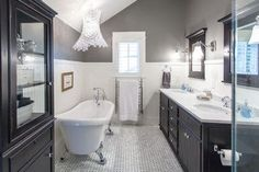small traditional bathroom design ideas means that you have to go to the past experience when the traditional application is used for the home decoration. Classic Bathroom, Modern Bathroom, Master Bathroom, Bathroom Vintage, Vintage Tile, Vintage Black, Timeless Bathroom, Compact Bathroom, Bad Inspiration