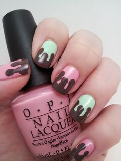 Melted Ice Cream nails