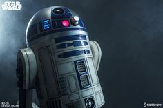 Star Wars R2-D2 Life-Size Figure 2
