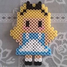 Alice in Wonderland hama beads by hamabeads.cdlr