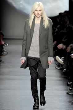 This androgynous look is simple yet so beautiful. Andrej pejic