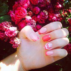 Love the chevron accent nail!